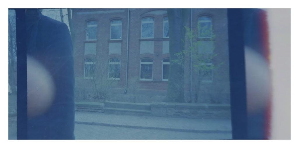 vor den Fenstern
